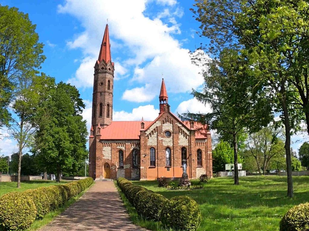 Cielętniki, kościół