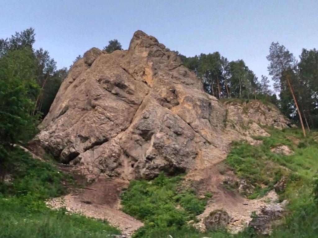 Dolina Kobylańska, skałki