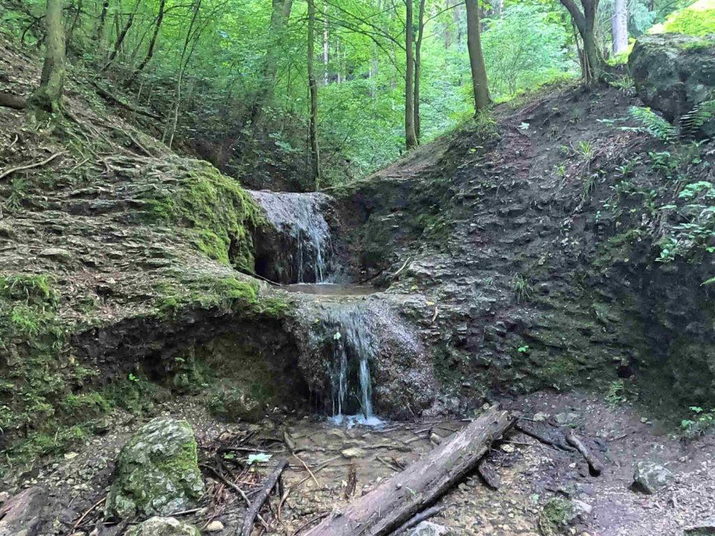 Wąwóz Bolechowicki, wodospad