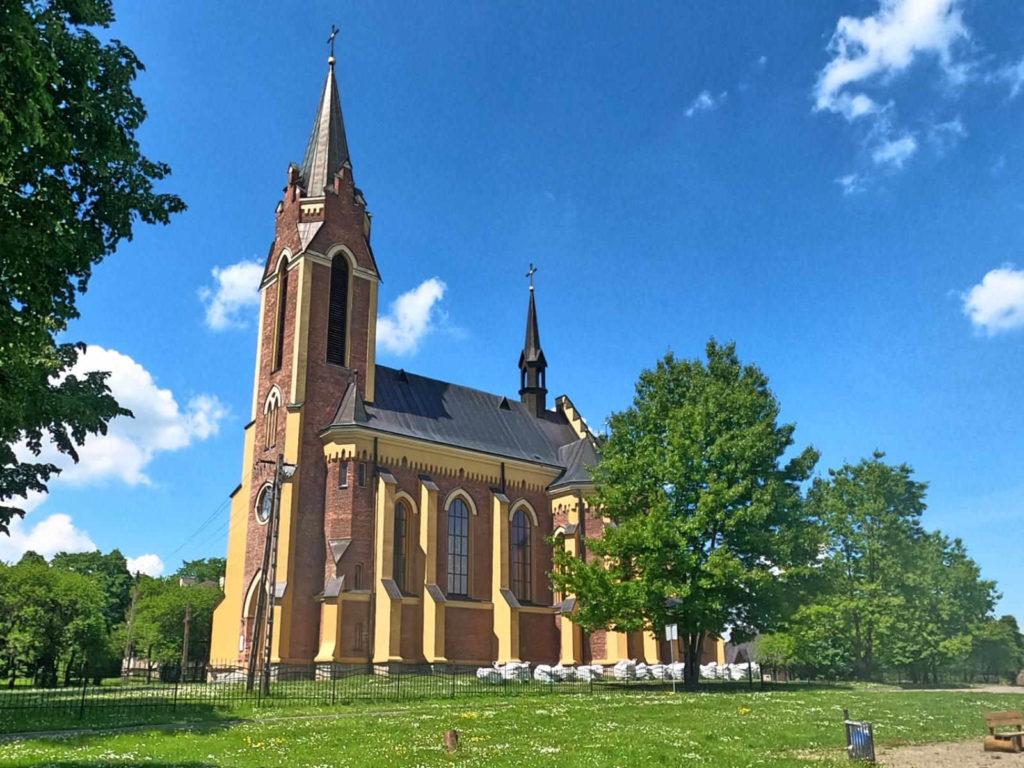 Lutowiska, kościół