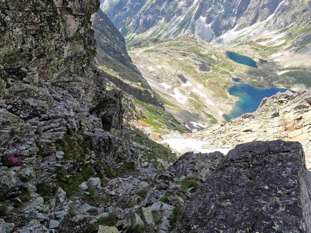 Hińczowa Turnia od Czarnostawiańskiej Przełęczy