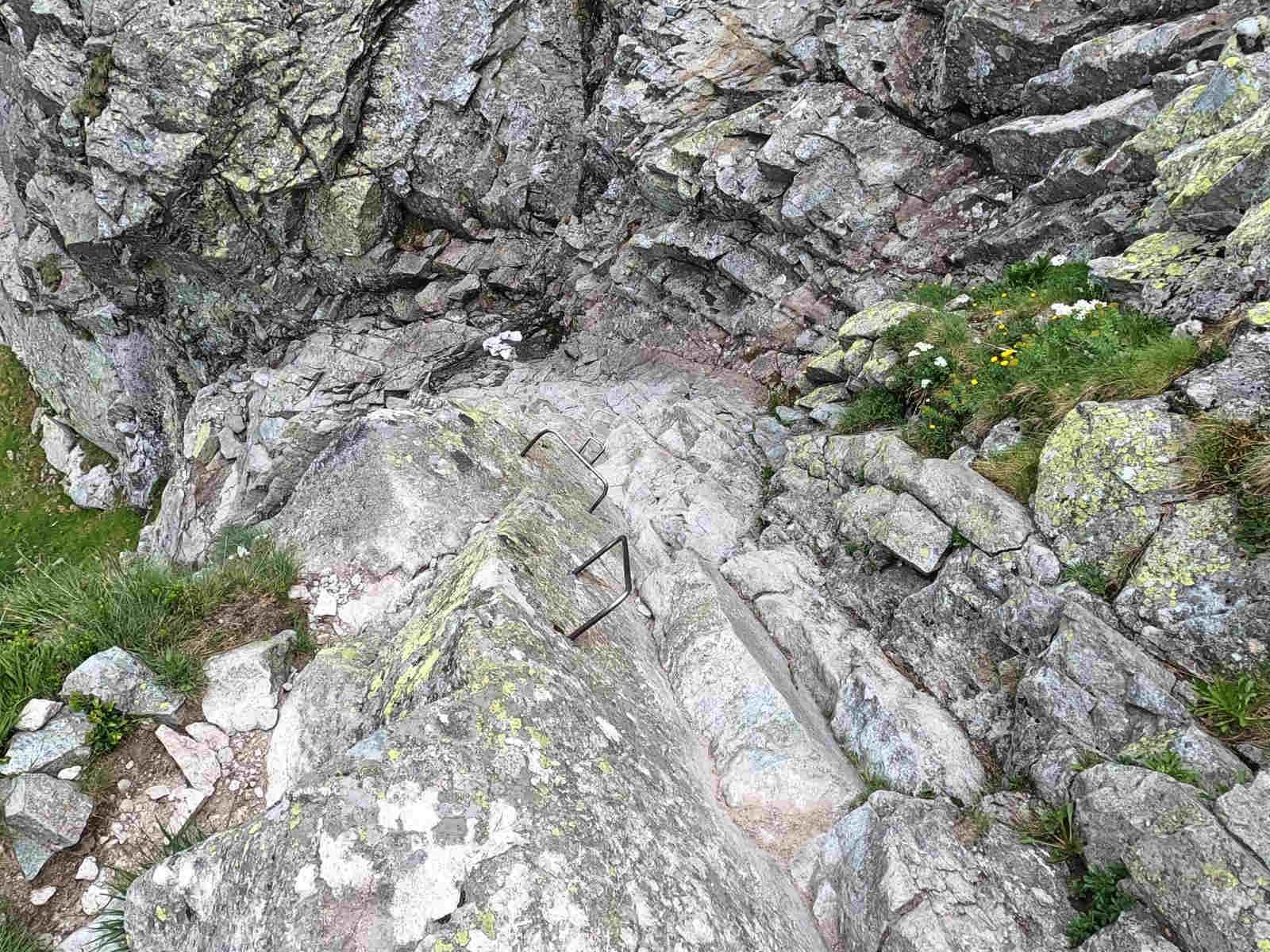 Szlak na Przełęcz pod Chłopkiem, trudności