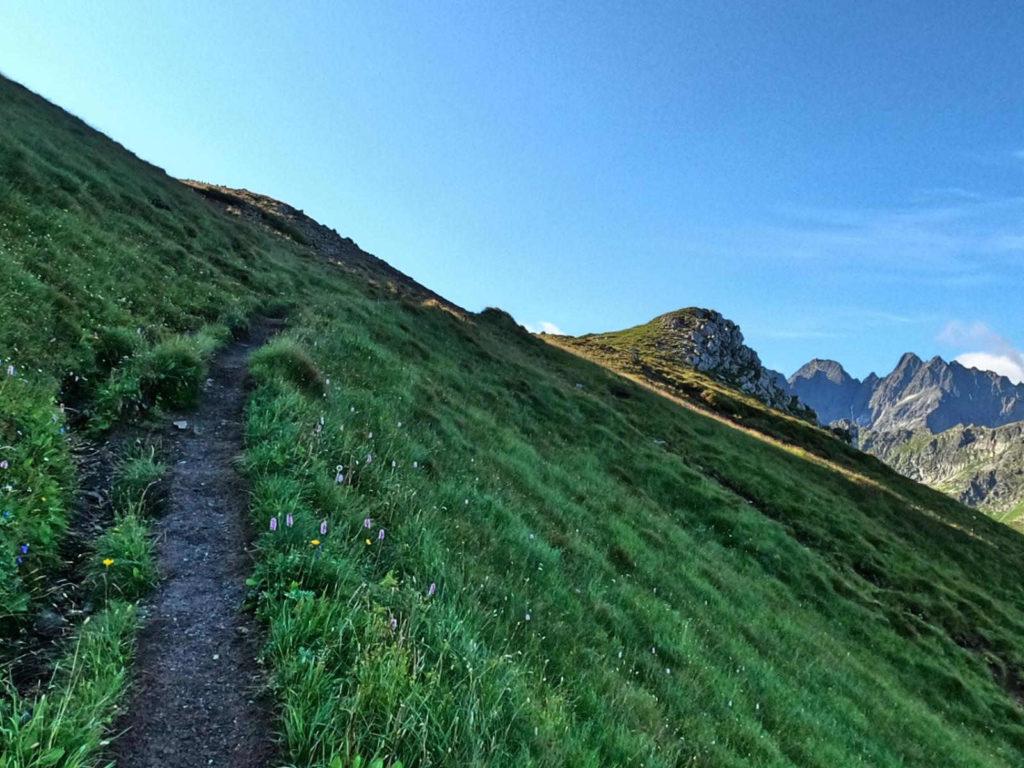 Szlak Szeroka Przełęcz - Przełęcz pod Kopą