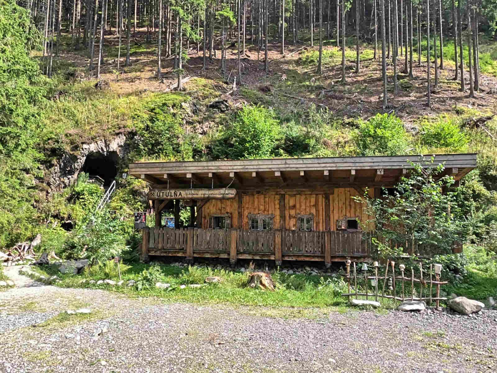 Dolina Żarska, Niedźwiedzia Sztolnia
