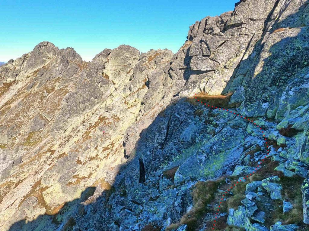 Mięguszowiecki Szczyt Wielki, zejście na Hińczową Przełęcz