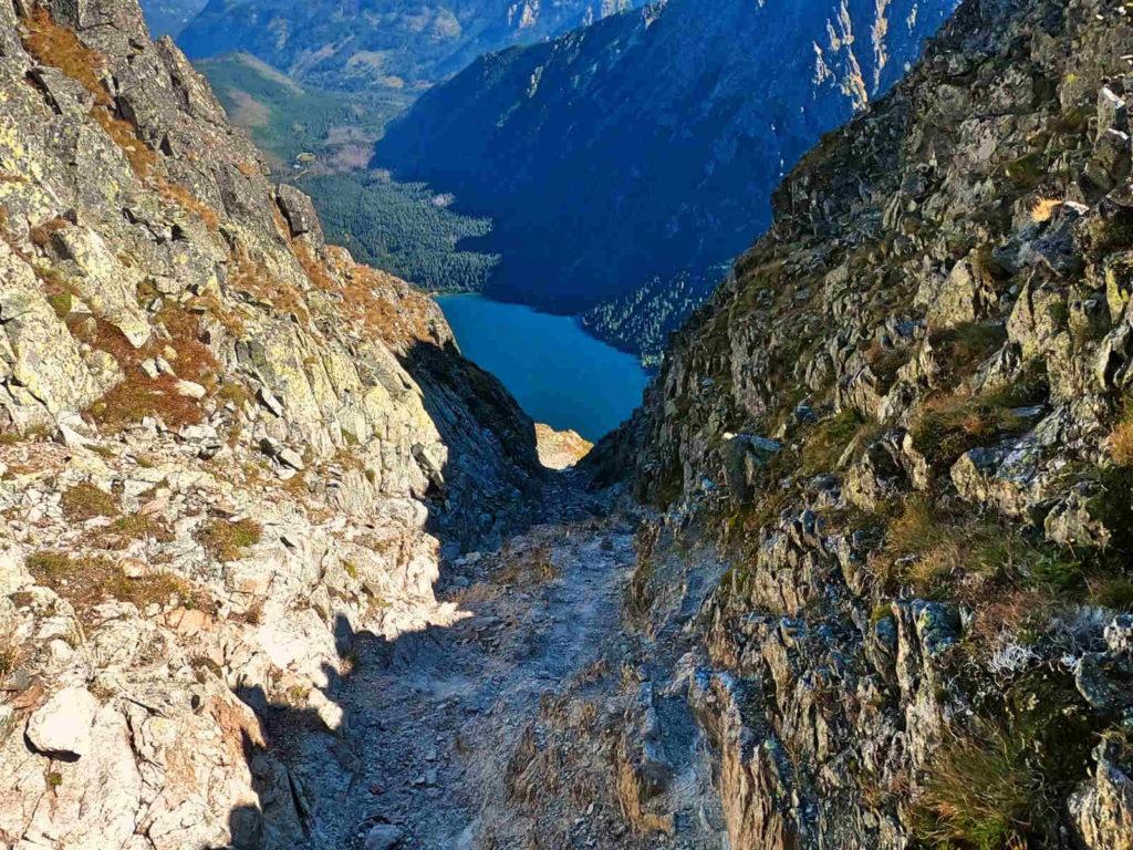 Zejście z Hińczowej Przełęczy